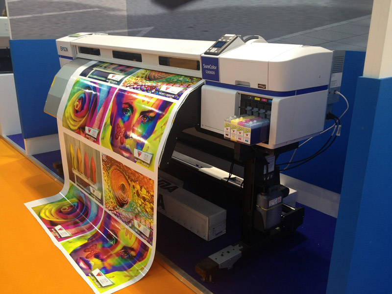 הדפסה על מדבקה